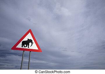危険, アフリカ。, 印, 交通, 象の交差, ナミビア, 道