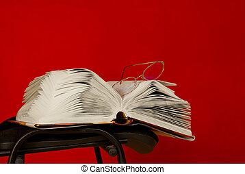 卵を生む, 本を 開けなさい, 椅子