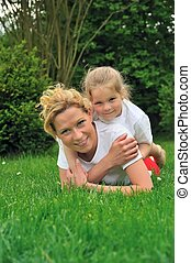 卵を生む, 草, 娘, 若い, 母