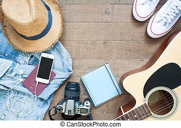 去, 在其上, 假期, 計劃, 由于, 鬼鬼祟祟的人, 聰明, 電話, 照像機, 以及, 吉他, 套間, 位置, 上, 木頭, 背景