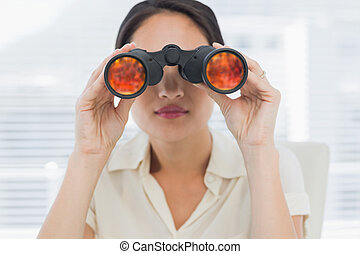 双眼鏡, によって, 見る, 女性実業家, クローズアップ