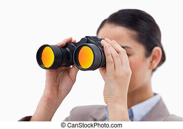 双眼鏡, によって, 見る, 女性実業家, ブルネット
