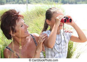 双眼鏡, 対, 女の子