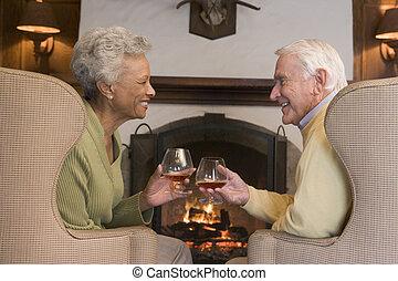 反響室, モデル, 恋人, 微笑, 暖炉, 飲み物
