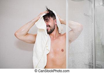 取得, 後で, のんびりしている, 若い, シャワー, 人