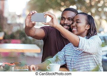 取得, 若い, selfies, アフリカ, 歩道カフェ, 恋人