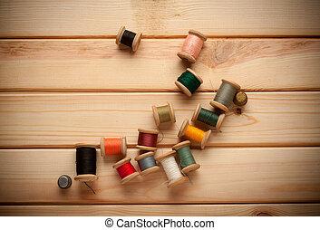 古い, はさみ, 糸, 木製である, 裁縫, kit., 針, 背景, ボビン
