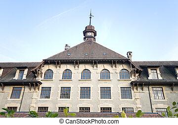 古い, ゴシック様式 様式, 学校, 建物, 中に, ジュネーブ, switzerland., 打撃, ∥で∥, a, 広い 角度, lens.