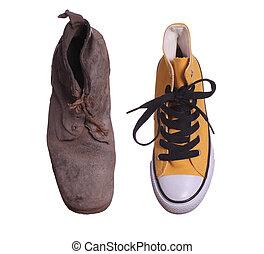 古い, ブーツ, そして, スニーカー