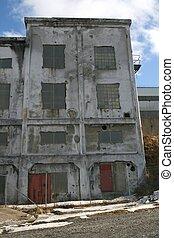 古い, 工場