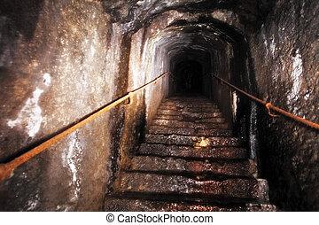 古い, 暗闇, 階段, 未知, の上, 先導
