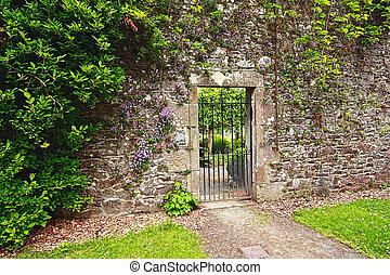 古い, 石の庭, 門, 壁, 金属