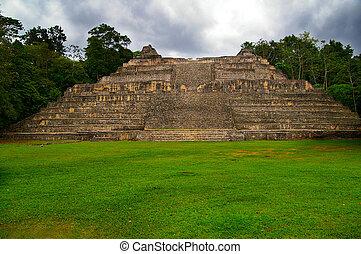 古代, 中央である, mayan, caracol, アメリカ, ベリーズ, 寺院