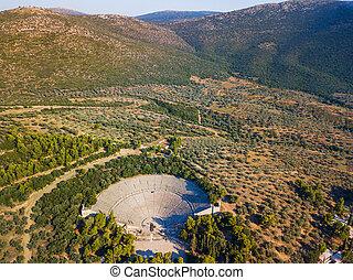 古代, 円形劇場, の, epidaurus, ∥において∥, peloponnese, greece., 航空写真, 無人機, photo.