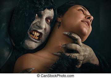 古老, 怪物, 吸血鬼, 魔鬼, 咬, a, 婦女, neck., 万圣節, 幻想