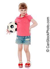 可愛, 很少, 白膚金髮, 女孩, 在, 丁尼粗斜紋棉布短褲, 以及, 紅的襯衫, 是, 藏品, 在下面, 他的, 臂一, 足球