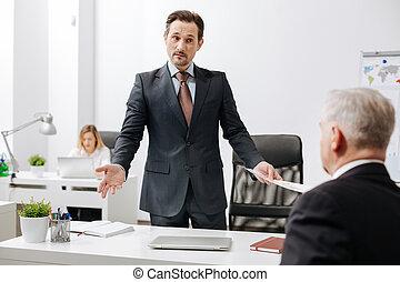 同僚, オフィス, 困惑させる, 雇用者, 会話, 持つこと