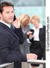 同僚, 可動装置を握ること, 電話, 背景, ビジネスマン