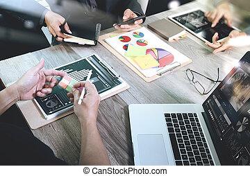 同僚, 彼の, オフィス, ビジネス, 層, ビジネスマン, 作戦, 概念, デジタル, 作成, 効果, プレゼンテーション