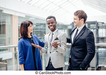 同僚, 祝いなさい, ビジネス, 成功, afroamerican, 多人種である, チーム