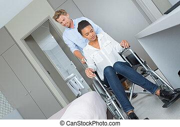 同僚, 車椅子, 女, 部屋, ホテル