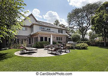 后部的見解, ......的, 家, 由于, 院子, 以及, 烤架