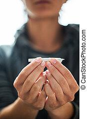 向上, 大麻, 聯接, 迷戀者, 手, 關閉