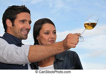 味が分かる, 屋外のカップル, ワイン