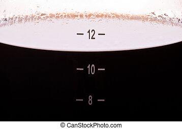 咖啡罐, 宏, 橫向地