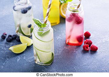 品種, ......的, 冷的飲料, 在, 瓶子