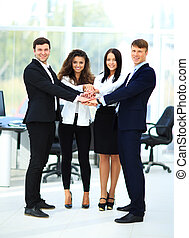 商业界人士的组, 堆积, , 他们, 手一起, 在中, the, 工作场所