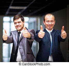 商务人士, 带, 上的拇指