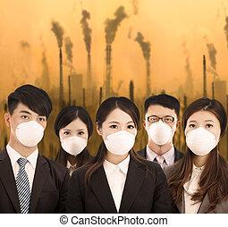 商务人士, 是, 戴着一种面具, 带, 空气污染, 背景