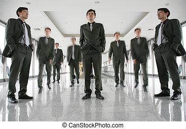 商業界人士, 在, 走廊, 3