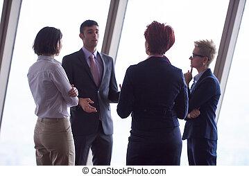 商業界人士, 組, 上, 會議, 在, 現代, 明亮, 辦公室