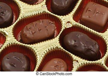 囲まれる, チョコレート