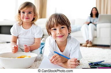 図画, 食べること, 微笑, 兄弟, チップ