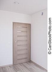 固体, 木制的門