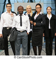 国際的な ビジネス, チーム