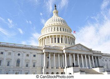 國會山, 建築物