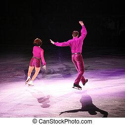 圖, 滑冰者