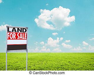 土地, セールサインのために, 上に, 空, 緑のフィールド