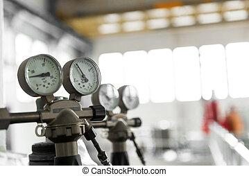 圧縮器, 圧力計, 空気