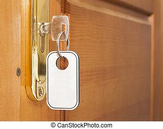 在中的鑰匙, 門鎖