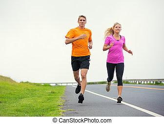 在外面, 夫妇, 颠簸地移动, 跑, 健身, 运动