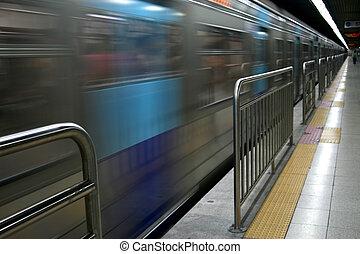 地下鉄 列車