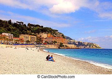 地中海, 卵石海灘, 在, 城市, ......的, 好, 法國