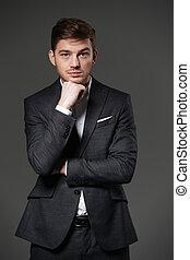地位, スーツ, 折られる, 若い, 深刻, 黒, 手, ビジネスマン
