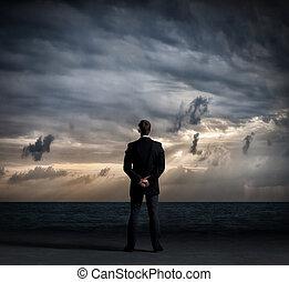 地位, ビジネス, 上に, 海洋, バックグラウンド。, 劇的, 暗い, ビジネスマン, concept.