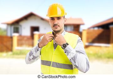 地位, 家自慢である, 確信した, 建築家, コンストラクター, 前部, 新しい, ∥あるいは∥